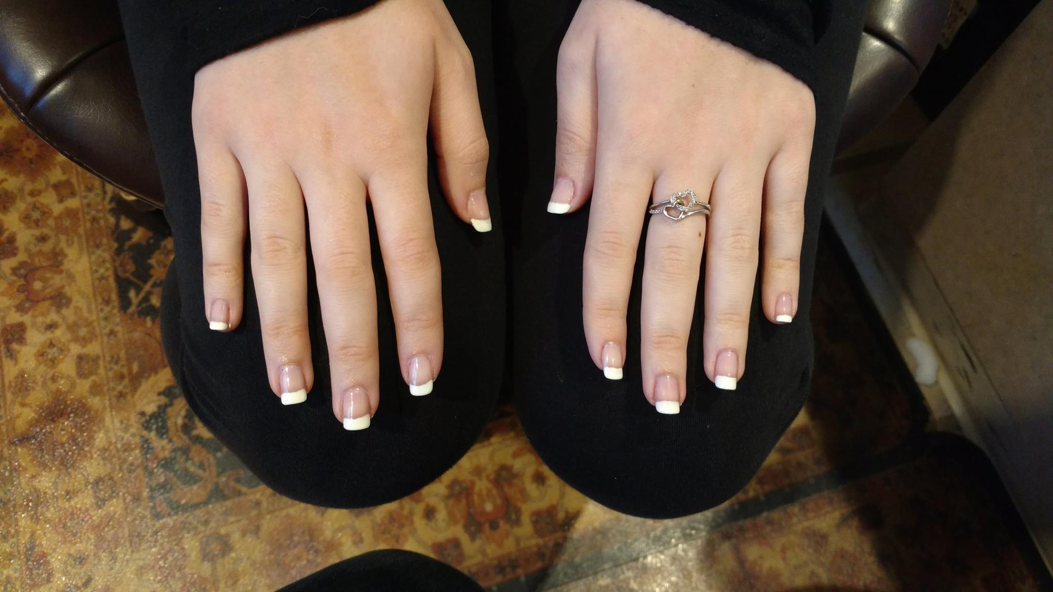 The Nail Salon: Why YOU Should Go To A Professional 1